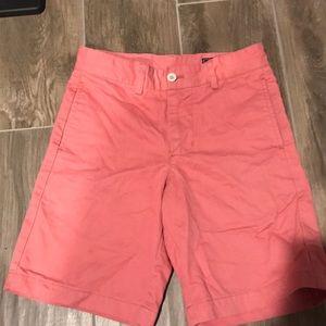 Salmon Vineyard Vines khaki shorts